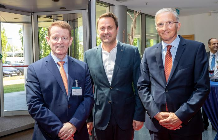 From left: Eamonn Brennan, Director General of EUROCONTROL, Xavier Bettel, Prime Minister of Luxembourg, Alex Wandels, Head of IANS.